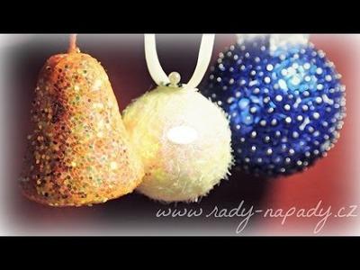 Vánoční ozdoby - vánoční koule a zvoneček (Christmas decorations - Christmas balls and bell)