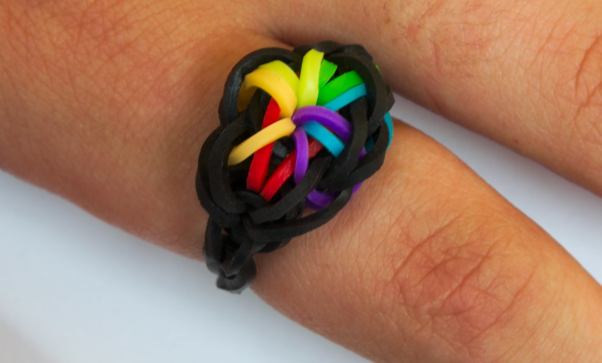 Loom Bands Česky - RAINBOW STARBURST RING - Tutorial