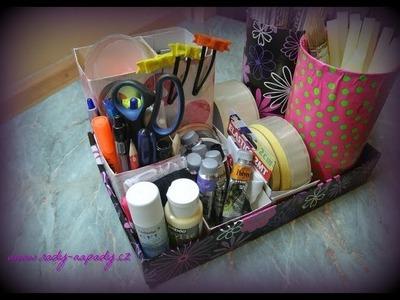 Organizér na psací stůl nebo make-up D.I.Y.