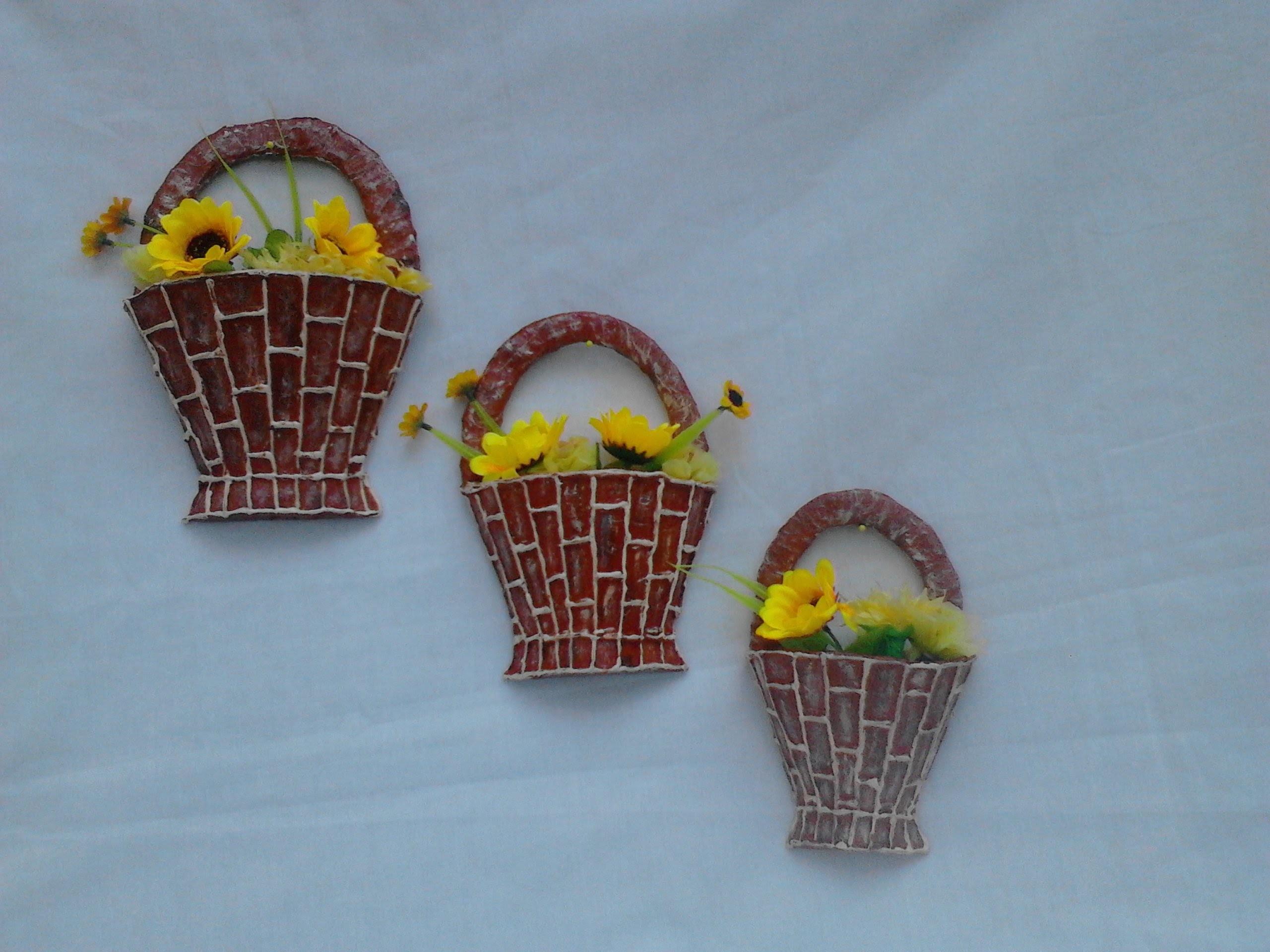 Canastitas hechas de carton adorno para la pared