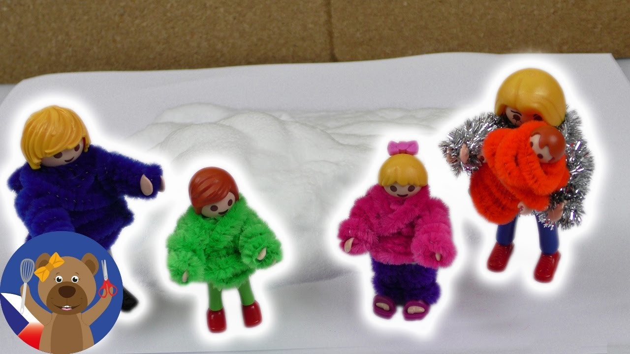 DIY Rodinka dostane nový zimním outfit - zimní oblečení pro figurky z Play mobilu nebo Lega