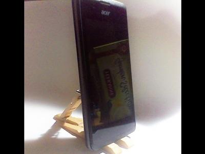 DIY stojánek z kolíčků na mobil nebo tablet. Jak na to. . .
